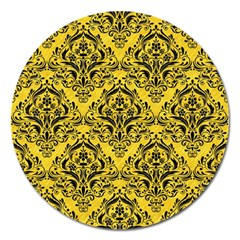 Damask1 Black Marble & Yellow Colored Pencil Magnet 5  (round)