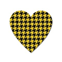Houndstooth1 Black Marble & Yellow Colored Pencil Heart Magnet