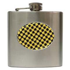 Houndstooth2 Black Marble & Yellow Colored Pencil Hip Flask (6 Oz)