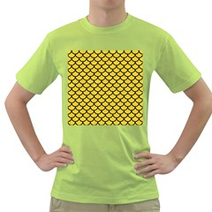 Scales1 Black Marble & Yellow Colored Pencil Green T Shirt
