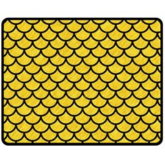 Scales1 Black Marble & Yellow Colored Pencil Fleece Blanket (medium)