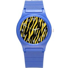 Skin3 Black Marble & Yellow Colored Pencil (r) Round Plastic Sport Watch (s)
