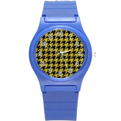 Houndstooth1 Black Marble & Yellow Leather Round Plastic Sport Watch (s)