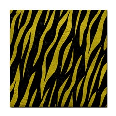 Skin3 Black Marble & Yellow Leather (r) Face Towel