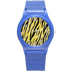 Skin3 Black Marble & Yellow Watercolor Round Plastic Sport Watch (s)