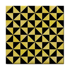 Triangle1 Black Marble & Yellow Watercolor Face Towel