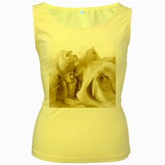 Vintage Rose Shabby Chic Background Women s Yellow Tank Top