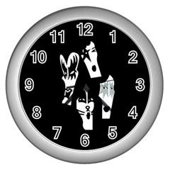 Kiss Band Logo Wall Clocks (silver)