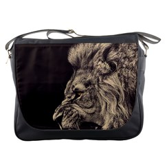 Angry Male Lion Messenger Bags