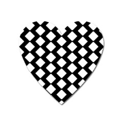 Abstract Tile Pattern Black White Triangle Plaid Heart Magnet