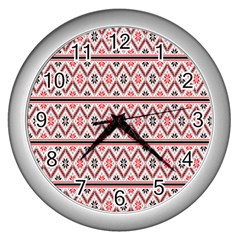 Red Flower Star Patterned Wall Clocks (silver)