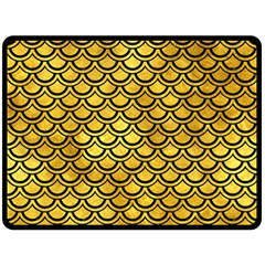 Scales2 Black Marble & Gold Paint Fleece Blanket (large)