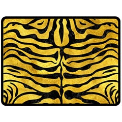 Skin2 Black Marble & Gold Paint Fleece Blanket (large)