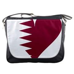 Heart Love Flag Qatar Messenger Bags