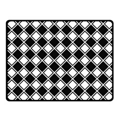 Square Diagonal Pattern Seamless Fleece Blanket (small)
