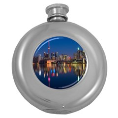 Buildings Can Cn Tower Canada Round Hip Flask (5 Oz)