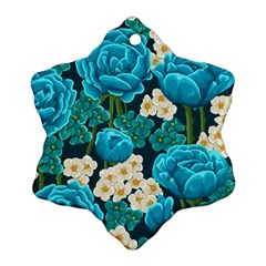 Light Blue Roses And Daisys Ornament (snowflake)