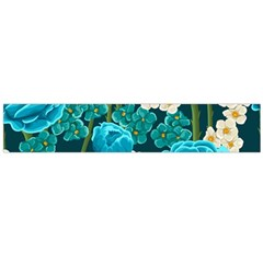 Light Blue Roses And Daisys Large Flano Scarf