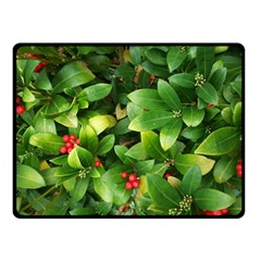 Christmas Season Floral Green Red Skimmia Flower Double Sided Fleece Blanket (small)