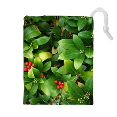 Christmas Season Floral Green Red Skimmia Flower Drawstring Pouches (extra Large)