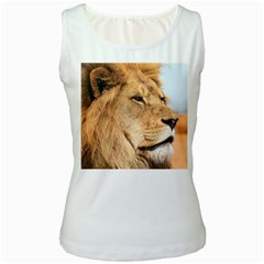 Big Male Lion Looking Right Women s White Tank Top