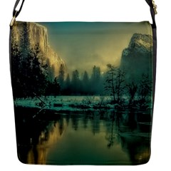 Yosemite Park Landscape Sunrise Flap Messenger Bag (s)