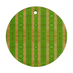 Seamless Tileable Pattern Design Ornament (round)