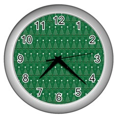 Christmas Tree Pattern Design Wall Clocks (silver)