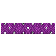 Funny Little Skull Pattern, Purple Small Flano Scarf