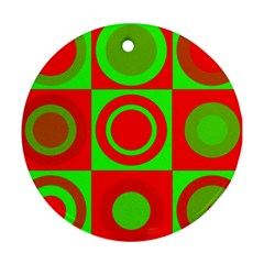 Redg Reen Christmas Background Ornament (round)