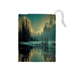 Yosemite Park Landscape Sunrise Drawstring Pouches (medium)
