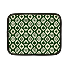 Green Ornate Christmas Pattern Netbook Case (small)