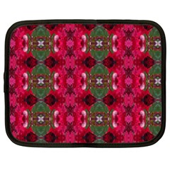 Christmas Colors Wrapping Paper Design Netbook Case (xxl)