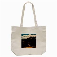 Italy Valley Canyon Mountains Sky Tote Bag (cream)