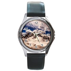 Italy Landscape Mountains Winter Round Metal Watch