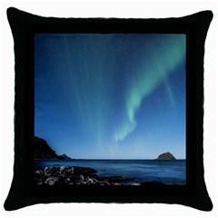 Aurora Borealis Lofoten Norway Throw Pillow Case (black)
