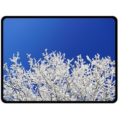 Crown Aesthetic Branches Hoarfrost Fleece Blanket (large)