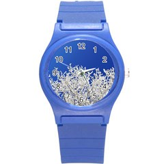 Crown Aesthetic Branches Hoarfrost Round Plastic Sport Watch (s)