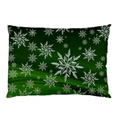 Christmas Star Ice Crystal Green Background Pillow Case