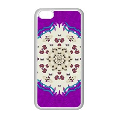 Eyes Looking For The Finest In Life As Calm Love Apple Iphone 5c Seamless Case (white)