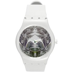 Fractal White Design Pattern Round Plastic Sport Watch (m)
