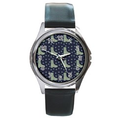Blue Boots Round Metal Watch