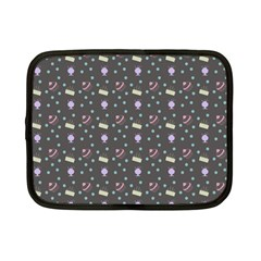 Cakes Yellow Pink Dot Sundaes Grey Netbook Case (small)