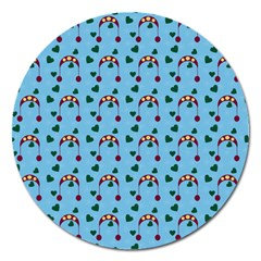 Winter Hat Red Green Hearts Snow Blue Magnet 5  (round)