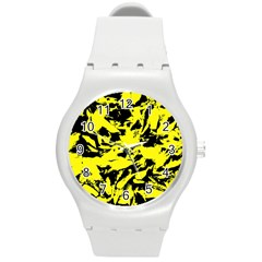 Yellow Black Abstract Military Camouflage Round Plastic Sport Watch (m)