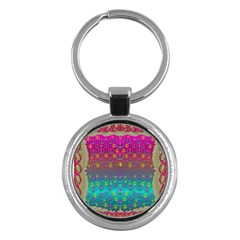 Years Of Peace Living In A Paradise Of Calm And Colors Key Chains (round)