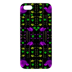 Pure Roses In The Rose Garden Of Love Apple Iphone 5 Premium Hardshell Case