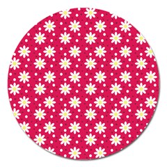 Daisy Dots Light Red Magnet 5  (round)