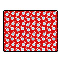 Square Flowers Red Fleece Blanket (small)