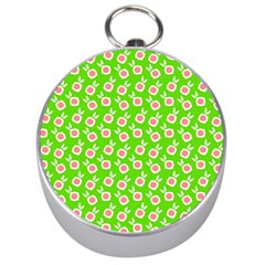 Square Flowers Green Silver Compasses